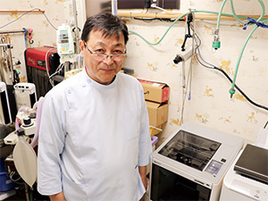 Dr. Seiichi Takemura, Director of Komoro Animal Hospital
